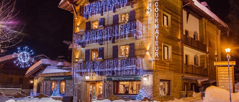 italy_courmayeur_hotel_courmayeur_exterior.jpg